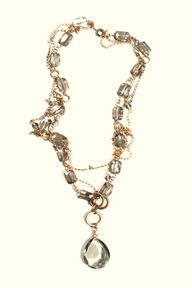smoke crystal neckla