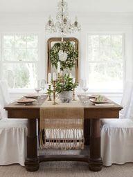 A white farmhouse de