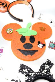 Easy DIY Mickey Pumpkin Pin Board!