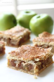 Apple Pie Bars - Lov
