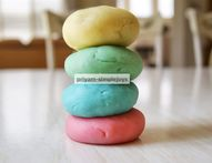 SimpleJoys: Homemade Playdough