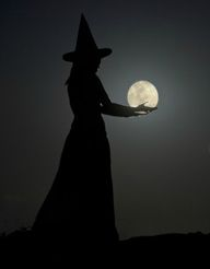 MoonWitch