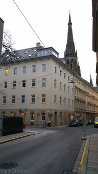 Waltherstraße 24. In the background the New Cathedral Linz, still the eight highest church building in Europe. Credit: Thomas Phillipp