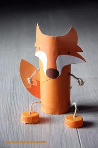 Fox toilet roll pupp