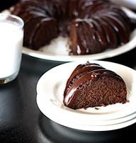 An easy Gluten Free Chocolate Cake Recipe your whole family will love!