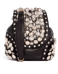 Gorge studded black