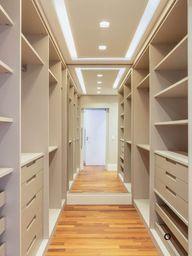 35 Contemporary Closet Design Ideas - Engineering Discoveries