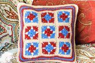 Granny Crochet Pillo