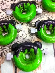 DIY Mickey Frankenstein Monster Doughnuts!