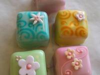 1000+ images about Petits fours on Pinterest | Petit Fours, Mini Cakes ...