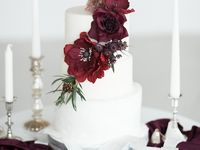 Gorgeous and delicious wedding cake..... Wedding Cakes  Board