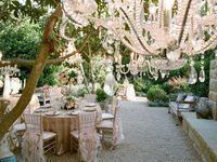 ❀❀ Garden Party... a little bit of grown-up whimsy and a touch of romance. ❀❀