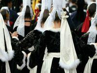 coiffes et costumes traditionnels breton
