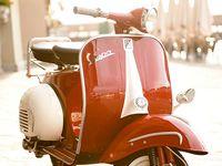 Motos , coches ... y bicis.