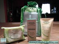 Check out this giveaway at - http://videokickoff.diamondcandles.com/?kid=95FS. Many assorted prizes to be won