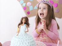 If your little darling wears a tiara around the house and wishes on every star, it may be time to throw her a majestic princess birthday party. Princess Party  Board