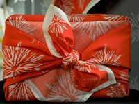 gift wrapping goodies