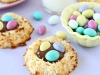 ... about EASTER on Pinterest | Coconut macaroons, Nests and Nutella