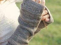 Knitted gloves, mitts, mittens