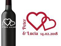 Vyrezávané etikety, Svadobné etikety, Etikety na víno, Vinylové etikety, Etikety na fľaše / Vyrezávané etikety  sú etikety na fľaše vyrezané do kvalitnej vinylovej fólie. Obsahujú mená mladomanželov, príp. dátum svadby alebo dátum jubilea. Dajú sa použiť na označenie vína alebo alkoholu, ktorý sa používa ako darček do výslužky pre svadobných hostí, príp. na ozdobenie fliaš na svadobných stoloch. Etikety sa dajú zakúpiť v e-shope na web stránke http://vyrezavanareklama.sk/. Priamy link http://vyrezavanareklama.sk/kategoria-produktu/svadobne-etikety/. S pozdravom Vyrezávaná Reklama.sk