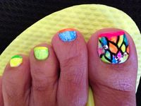 pedicure nail art designs and feet nails gallery by Nded.com
