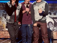 I'm a huge EMBLEM 3 since day 1 that they auditioned in the X Factor