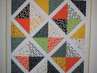 quilts / Quilt Designer Lori Lott of Uptown Girl Quilts