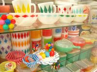 My favorite vintage dishes, happy cheery colors... I look for them everywhere!