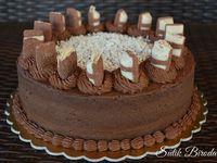 Torták, alapkrémek, mázak, öntetek, díszítés