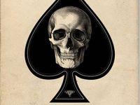 Freakin' love skulls!!