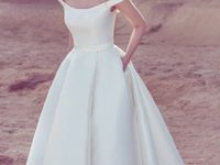 TREND | Off The Shoulder Wedding Dresses / Wedding dress inspiration featuring off the shoulder design