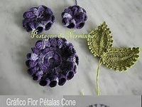 Crochet and knitted flowers