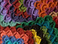 Yarn and soul flowers / created yarn projects with different tools...