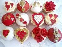 Red & Gold Cupcakes