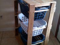 pallet laundry basket holder
