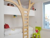 Judson's treehouse / Room for a child to grow.