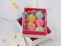 Giveaways on Pinterest | Limoncello, Wedding favors and Macaroons
