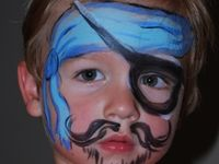 Love: Face painting