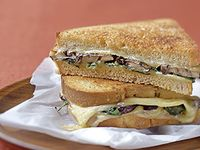 Sandwiches on Pinterest | Smoked Gouda, Mushrooms and Spinach