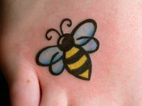 1000 images about tattoo on pinterest sexy bumble bees and the birds. Black Bedroom Furniture Sets. Home Design Ideas
