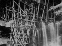 Falling Water House / Frank Lloyd Wright