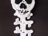 Skull scarf ;)
