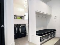 Mud Rooms/Laundry Rooms
