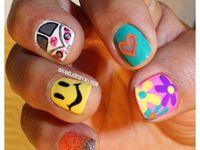 Nails-hippie art