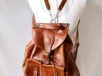 Designer~Vintage~Non -name~Homemade Purses~satchels~FannyPacks~Backpacks Galore!! I love a Nice Bag!