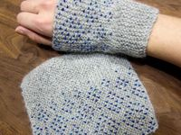 Fingerless gloves/mittens & gloves