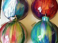 Crafts/wreaths