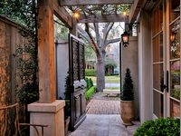 Outdoors / Patio / Porch / Deck