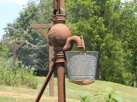 Buckets,Barrels,Milk Cans & Water Pumps
