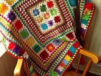 vistosos diseños tejidos